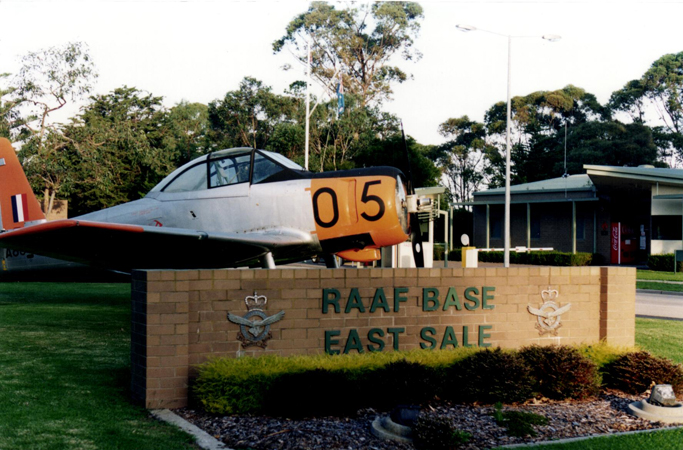 WRAAF Reunion at East Sale 1999 Gate