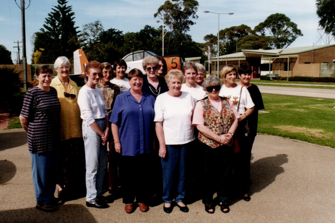 WRAAF Reunion at East Sale 19990 Group again
